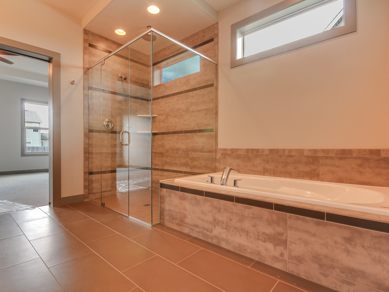 Custom Shower & Tub